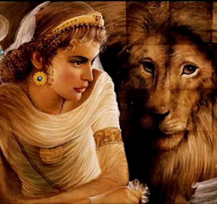 Лев и женщина